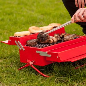 Barbecue forme caisse à outils, rouge